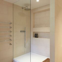 How to Make Bathroom Look More Luxurious